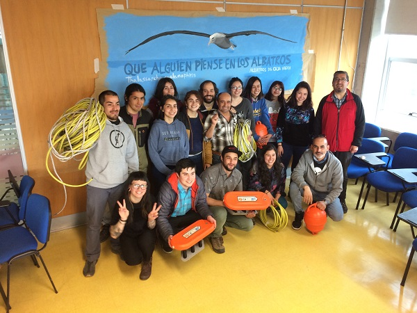 Volunteers bird scaring line for trawl in Chile by CG Suazo shrunk